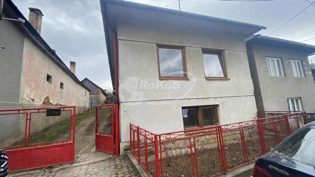 Rodinný dom v obci Roštár